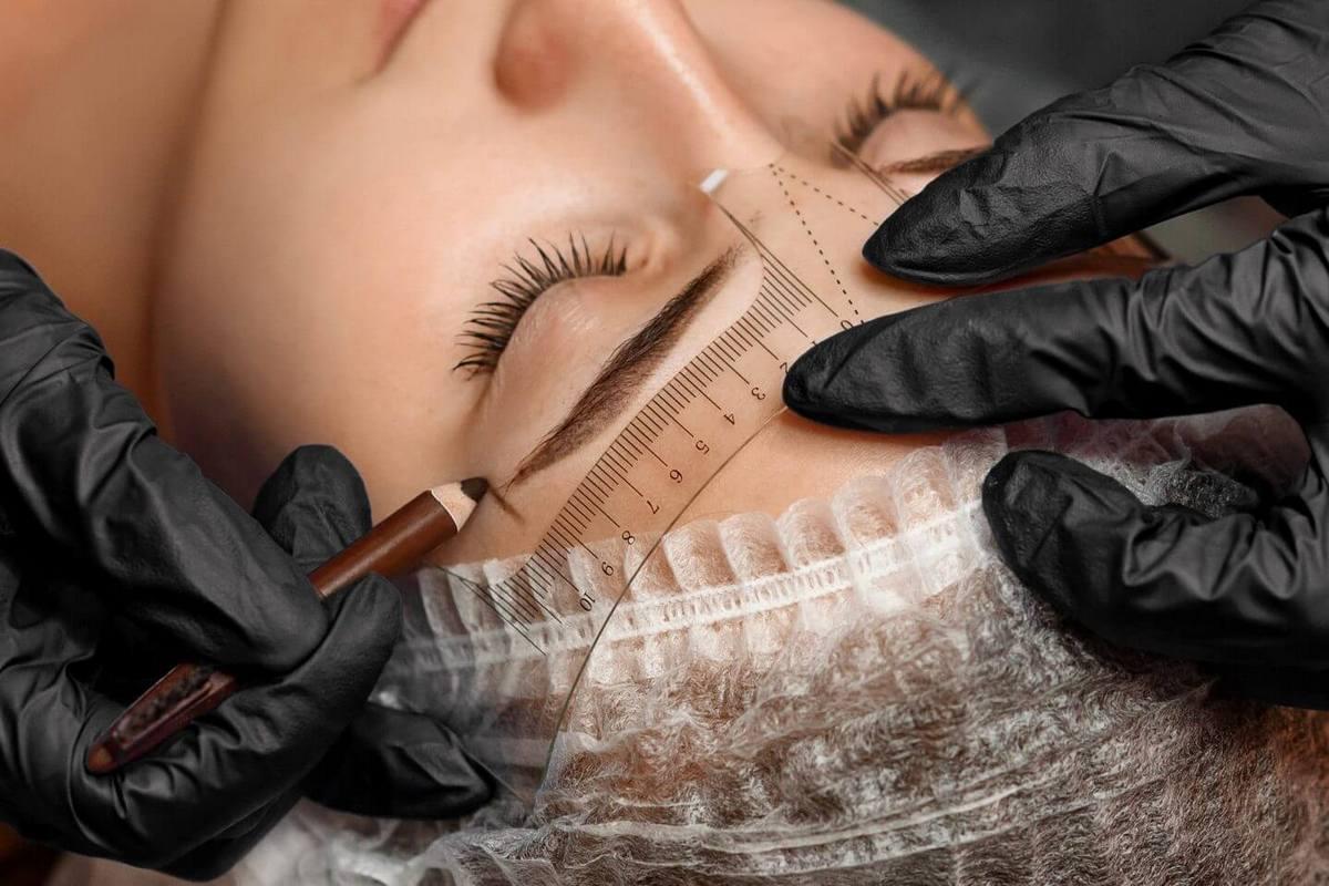 Ile się utrzymuje makijaż permanentny?